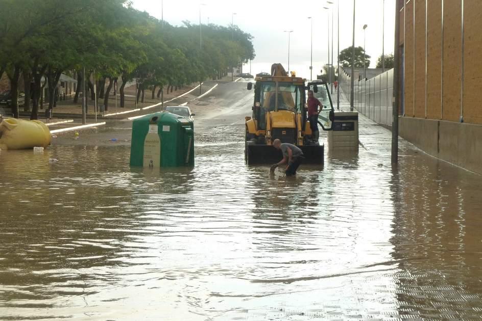 Sucesos inundado el pol gono sierra sur de estepa y - Pisos en estepa ...