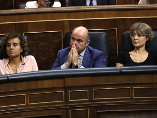 Ministros escuchan a Rajoy
