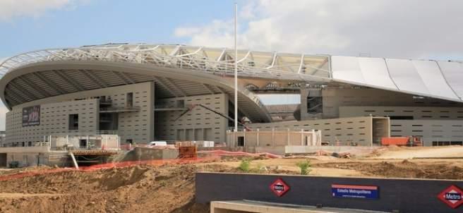 Imagen del estadio Wanda Metropolitano y la estación de Metro