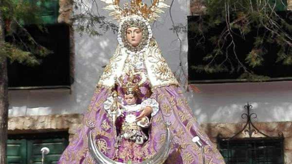 Imagen de la Virgen de Tíscar.