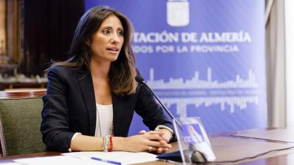 La diputada provincial Carmen Belén López, en rueda de prensa