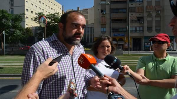 Francisco Puentedura y María del Carmen Pérez abordan la gestión del metro