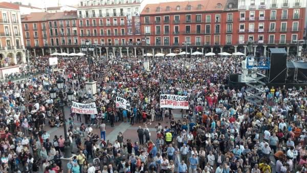Valladolid. Miles de personas dan inicio a las Fiestas de 2017