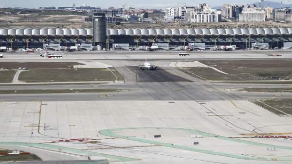 Torre de control, torres de control del aeropuerto de Barajas