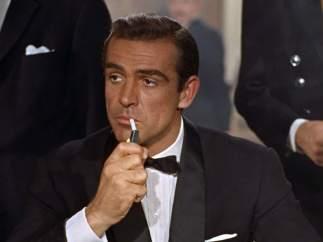 Bond es escocés por Sean Connery