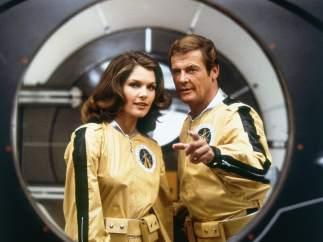 Moore, el James Bond con más películas