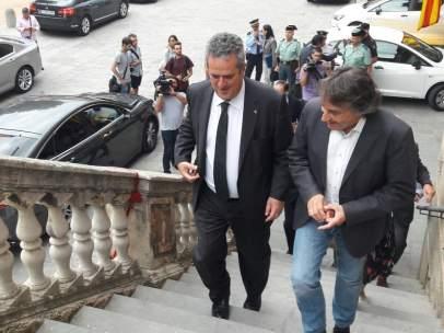 El conseller Joaquim Forn y el alcalde de Ripoll Jordi Munell.