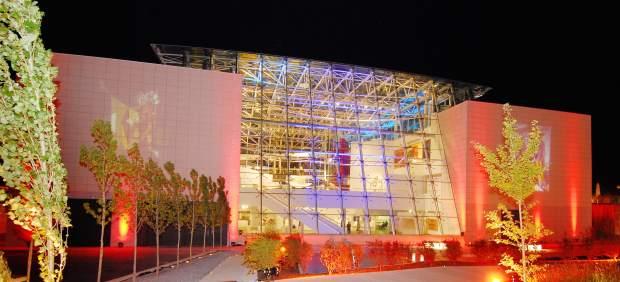 Vista nocturna del Museo Würth La Rioja