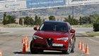 Maniobra de esquiva del Alfa Romeo Stelvio
