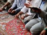 Rezos en una mezquita