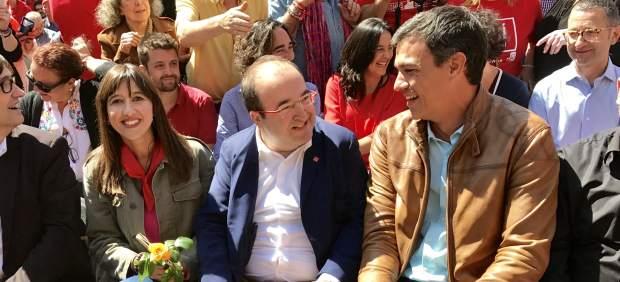 Núria Parlon, Miquel Iceta y Pedro Sánchez
