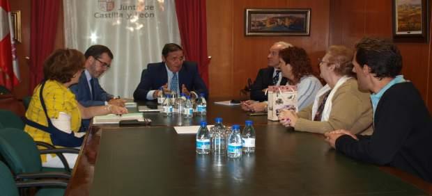 Palencia: Aguado se reúne con Plataforma Pro Hospital Guardo