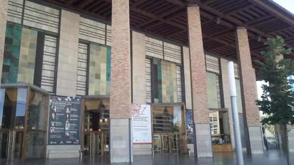 Fachada Del Auditorio De Zaragoza