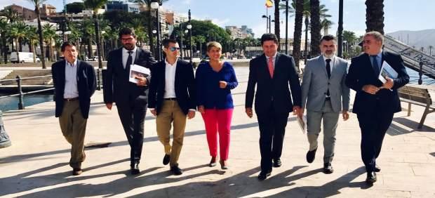 Noelia Aroyo visita puerto de Cartagena