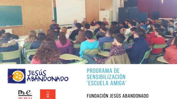 Jesús Abandonado vuelve a poner 'Escuela Amiga'
