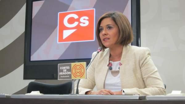 Susana Gaspar (Cs) en rueda de prensa en las Cortes de Aragón