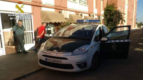 Guardia Civil detiene a una persona dedicada a cometer estafas