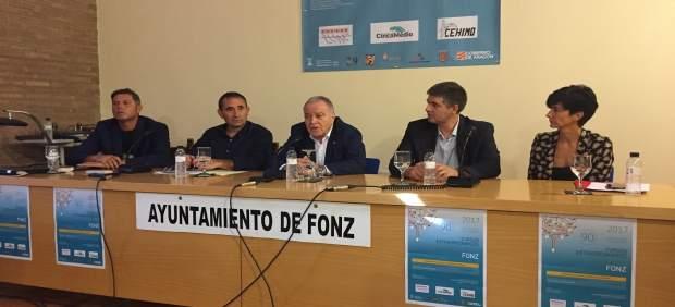 Miguel Gracia ha asistido a la inauguración del curso en Fonz