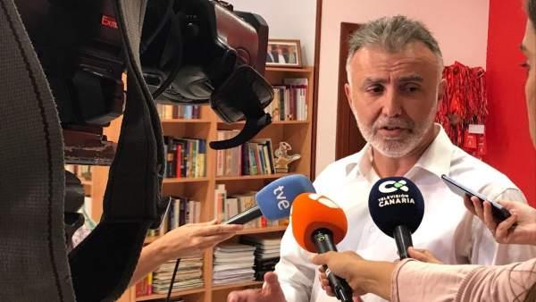 Secretario del PSOE de Canarias, Ángel Víctor Torres