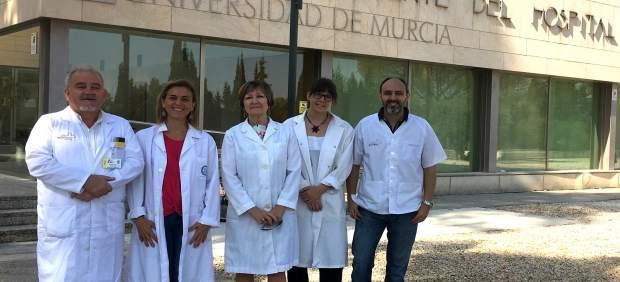 Investigadores de la UMU y personal del servicio de Ginecología La Arrixaca