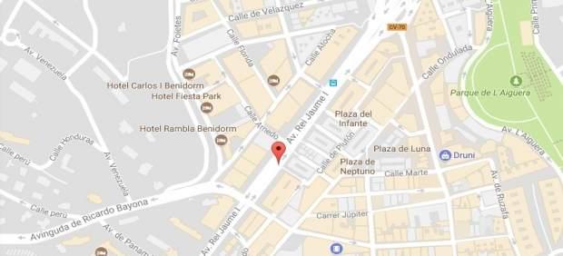 Dos ancians ferits en ser atropellats per un cotxe en un pas de vianants de Benidorm