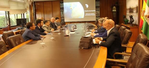 Reunión del puerto de Huelva con Renfe.