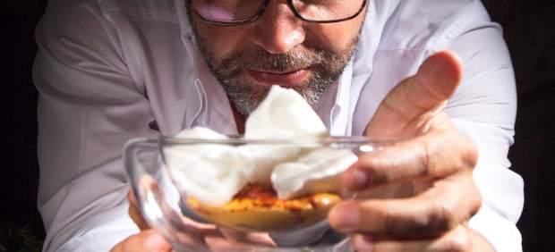 """Quique Dacosta es xopa de la cuina """"màgica"""" de Grècia en la seua gira europea a quatre mans"""
