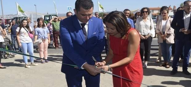 Pozuelo y Del Castillo cortan la citan inaugural de Agrovap