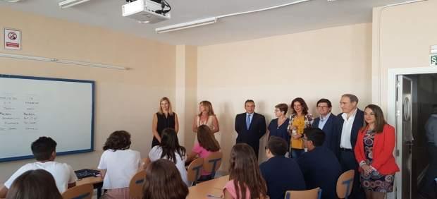 Autoridades en la apertura del curso en Palma del Río