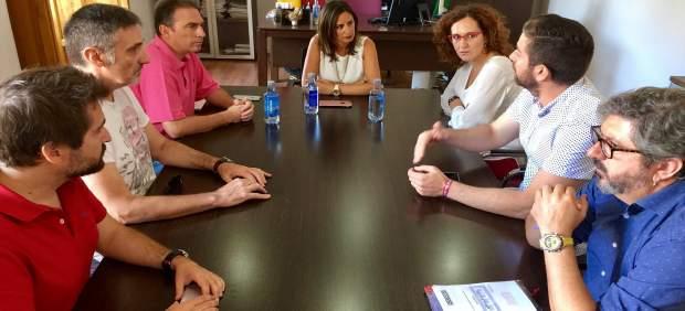 Reunión en la que han participado Yolanda Reche y Nuria López.