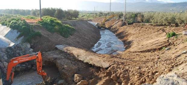 Limpieza de cauces en Antequera