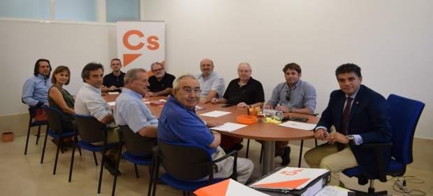 Reunión de ediles de Cs con asociaciones de arquitectos y constructores