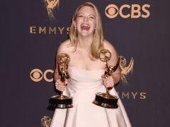 'The Handmaid's Tale' triunfa en los Emmy como la mejor serie dramática