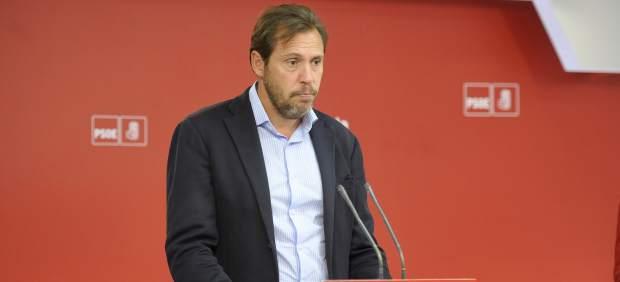 El PSOE rechaza un referéndum de independencia y tacha a Podemos de