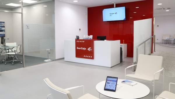 ibercaja abre una nueva oficina en el paseo de la habana y