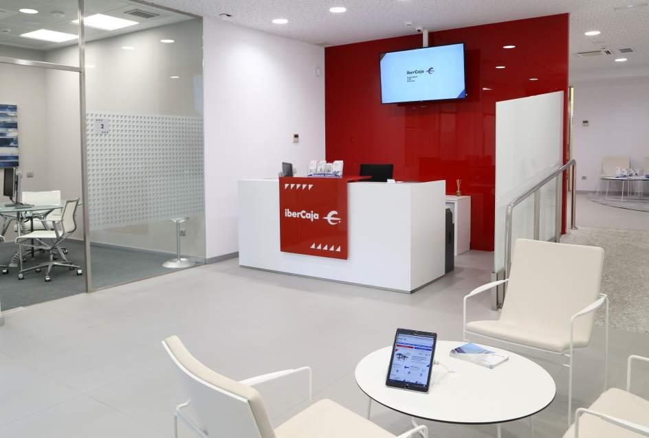 Ibercaja abre una nueva oficina en el paseo de la habana y for Oficina nacional de deportes