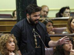 """""""Le exijo que saque sus sucias manos de las instituciones catalanas"""""""