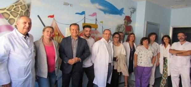 El Hospital de Guadix fomenta la lectura entre pacientes y familiares
