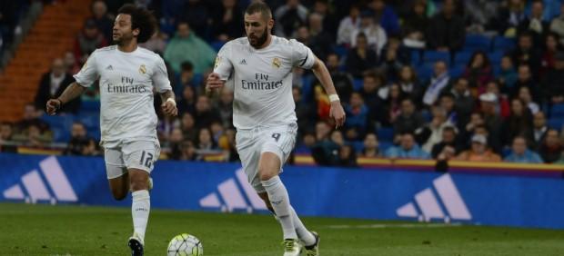 El madrid tiene un problema con el gol y otro con el for Puerta 53 bernabeu