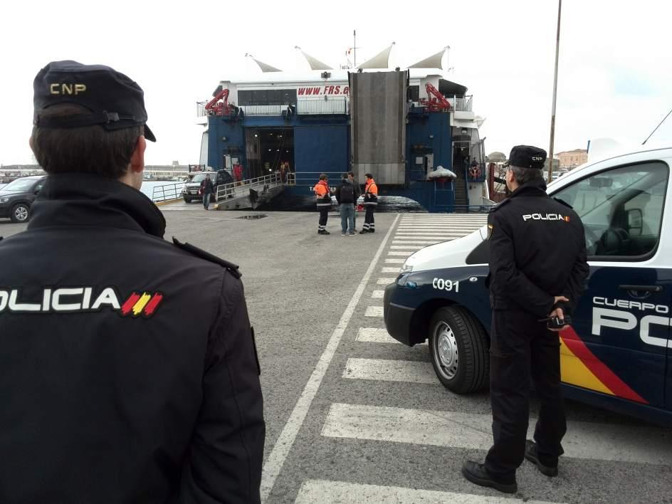 Un detenido en algeciras sin carn de conducir y con - Policia nacional algeciras ...