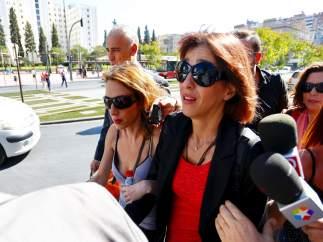 Juana Rivas, a su llegada a los juzgados de Granada