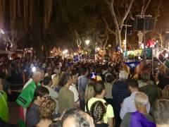 Continúa la protesta frente al TSJC contra las detenciones por el 1-O