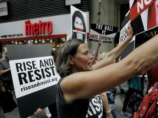 EE UU planea ampliar las restricciones migratorias a partir del domingo