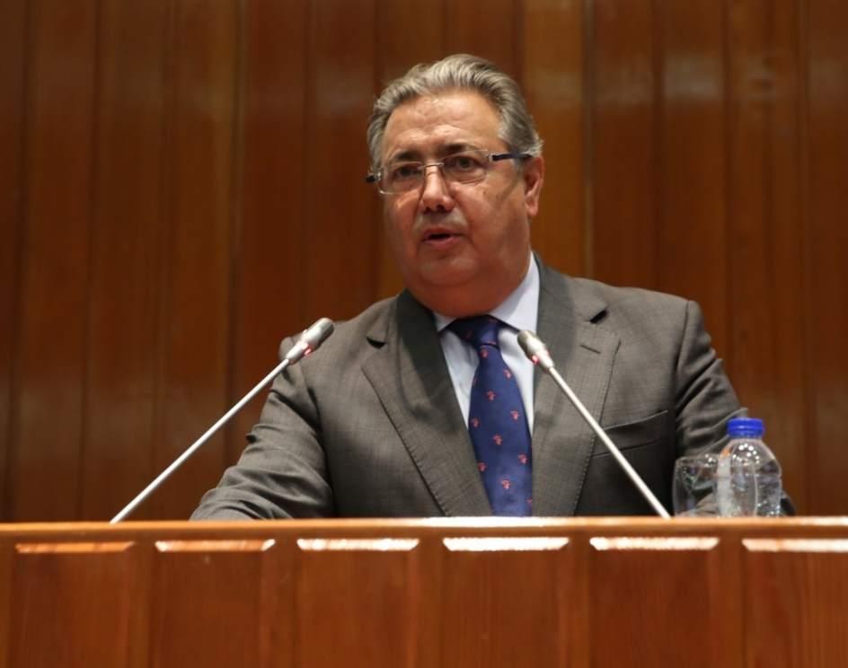 Zoido afirma que se han neutralizado 70 centros de for Zoido ministro del interior