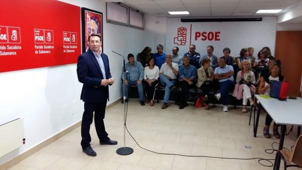 Fernando Pablos durante una intervención