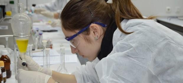 Científica, ciencia, investigación, estudio