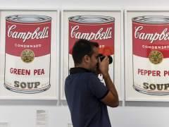 Andy Warhol reivindica el arte pop en CaixaForum Barcelona