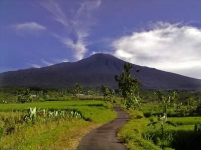 Volcán Agung
