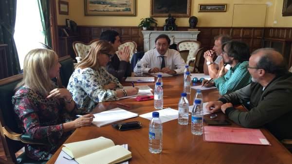 Palencia: Polanco con los miembros del Consejo de Diálogo Social