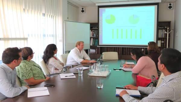 La delegación del Gobierno de Panamá en su visita a Aprosub